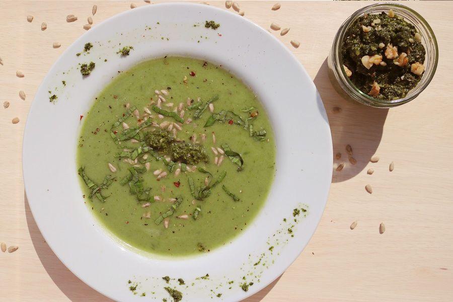 Rezept: Bärlauch-Pesto und Bärlauch-Cremesuppe