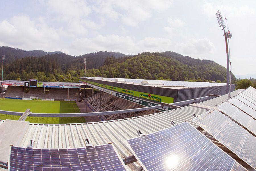 Photovoltaikanlage auf dem SC Freiburg Stadion