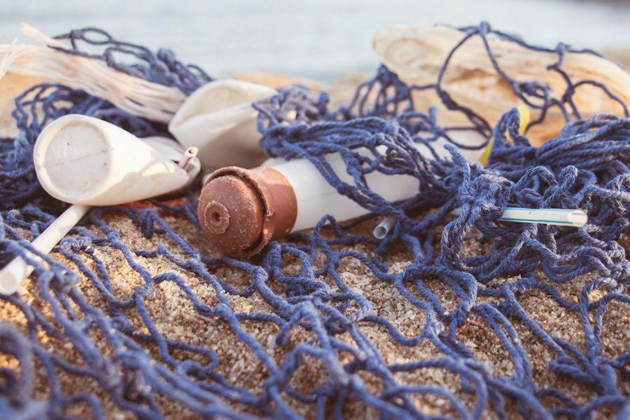 Warum wir das Meer zum Atmen brauchen – und wie wir uns mit Mikroplastik selbst vergiften