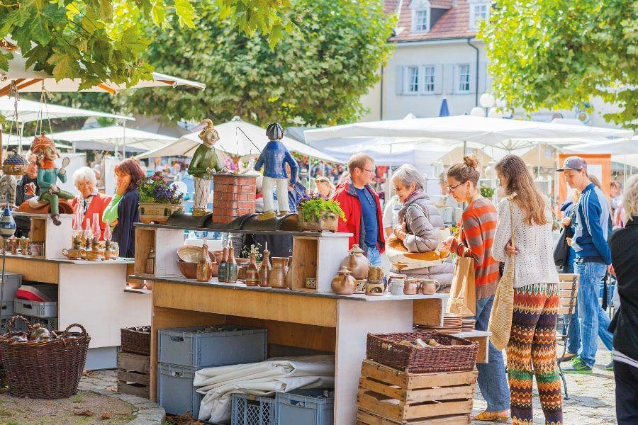 Stand auf dem Töpfermarkt in Kandern