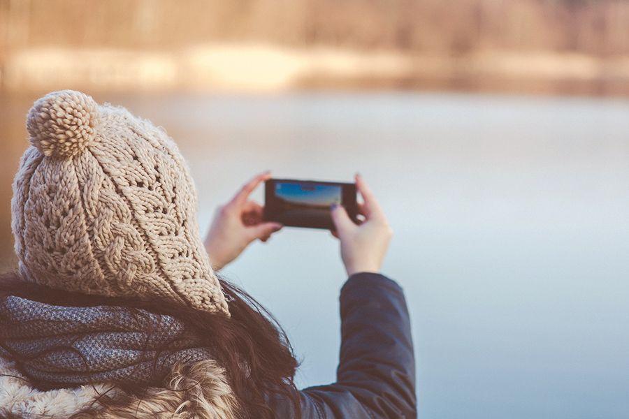 """Kamera, Telefon, Navigationssystem: Unsere Smartphones sind ein """"All in one""""-Produkt"""