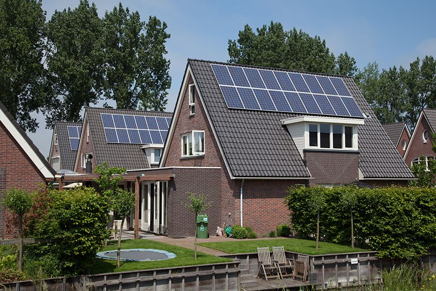 PV-Anlage für Eigenverbrauch © Shutterstock: esbobeldijk
