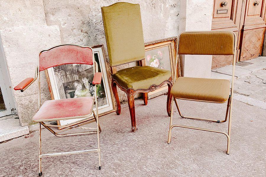 Second Hand Möbel findet man oft auf dem Trödelmarkt