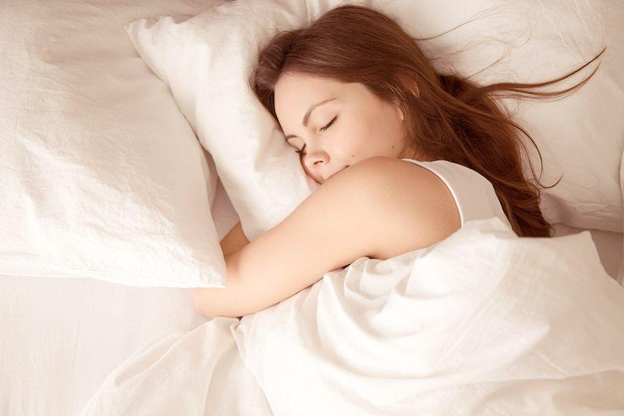 6 Tipps zum Einschlafen – besser schlafen durch Yoga und Meditation